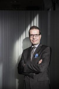 Sijoituskirjailija Mika Hyttinen